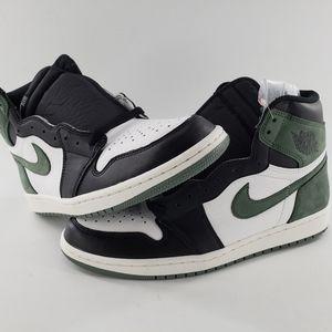 Nike Air Jordan 1 Retro High OG 555088 135 Size 10